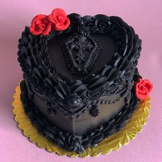 Cute Desserts, Party Desserts, Goth Cakes, Cross Cakes, Cute Birthday Cakes, Dessert Decoration, Cake Gallery, Drip Cakes, Love Cake