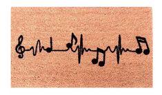 Felpudo perfecto para los amantes de la música. #felpudosoriginales Outdoor Doormats, Bullet Journal Inspiration, Aesthetic Art, Coachella, Indoor Outdoor, Craft Ideas, Diy, Carpet, Frases