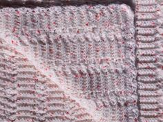 White with Pink Speckles Vintage Style Cot Blanket for Baby