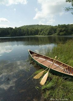 Traveler Canoe, by Merrimack Canoe Co. Canoe Trip, Canoe And Kayak, Outdoor Fun, Outdoor Camping, Wooden Canoe, Glamping, Le Havre, Adventure Is Out There, Water Crafts