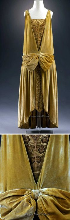 Evening dress, Callot Soeurs, circa 1927. Green silk velvet, gold lamé, and faux pearls.