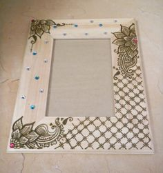Picture Frame Decorate with Henna Floral Pedals