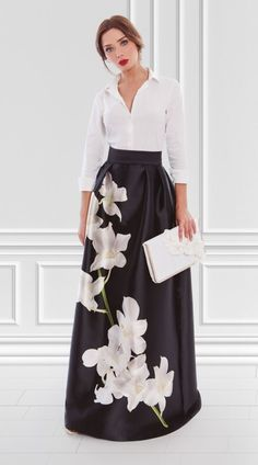 Figurbetontes Kleid in Monochrom-Kontrast Rock Ariana 3180404 Long Skirt Outfits, Dress Outfits, Long Skirts, Elegant Dresses, Beautiful Dresses, Modest Fashion, Fashion Dresses, Long Skirt Fashion, Dress Skirt