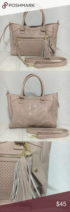 """I 💕offers! Steve Madden satchel Beautiful Blush Pink  satchel crossbody. used only twice. Only had really minor flaws, please see last couple of pictures. Not very visible at all. Faux leather like suade, with Gold tone hardware. Shoulder strap included, never used. Satchel measurements: 15""""Lx 19""""H ( in including handles) x 7""""W. Steve Madden Bags Satchels"""