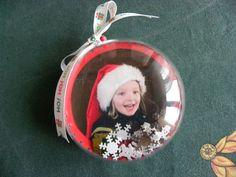Déco de Noël : les boules transparentes