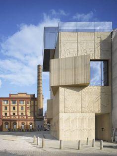 Museum für Architekturzeichnung Berlin, Fassade zur Christinenstraße