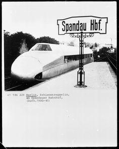 Berlin, Schienenzeppelin am Spandauer Bahnhof 1931