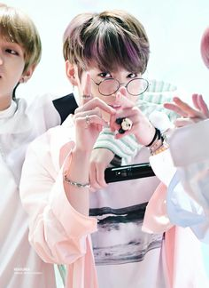 Jungkook ❤ BTS Aladin Fansign (170223) #BTS #방탄소년단