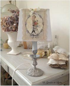 Lampe romantique corset