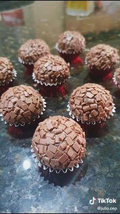 Fruit Benefits, Diy Videos, Truffles, Almond, Deserts, Snacks, Cooking, Sweet, Party