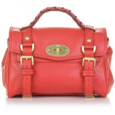 mmmm this is the most perfect handbag
