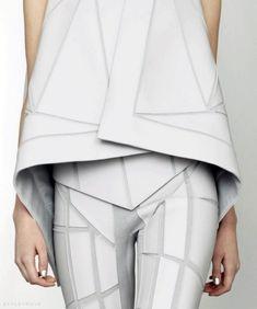 Geometric Minimalism - strong lines & sharp shapes; futuristic fashion details // Gareth Pugh