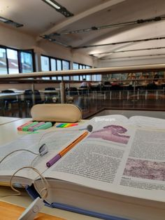 aesthetic studying at library, student, medicine, studying inspiration, Back To University, University Life, School Organization Notes, Study Organization, College Aesthetic, Medicine Student, Study Pictures, Study Space, Study Areas