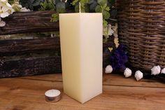 Κεριά μασίφ τετράγωνα σε χρώμα εκρού ΤΧ0720ΧΕΚ. Πλευρά: 7εκ. Ύψος: 20εκ. Pillar Candles, Taper Candles