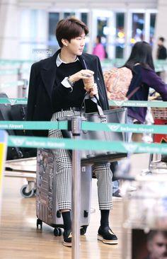 #Seunghoon #WINNER #airport #cute