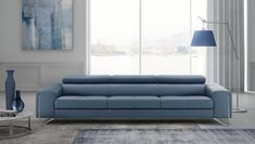 Verso is an Italian handmade leather sofa. Its design, developed by Estro Milano. : Verso is an Italian handmade leather sofa. Its design, developed by Estro Milano, is elegant and stylish. This Italian leather sofa begs to be caressed. Italian Leather Sofa, Italian Sofa, Italian Furniture, Elegant Sofa, Types Of Sofas, 2 Seater Sofa, Industrial Furniture, Sofa Design, Home Collections
