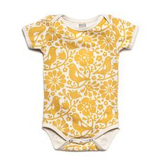 I love this pattern. If I had onesies like these my baby would be sporting them all of the time. Hey, why not cloth diapers with patterns like this? Now we're talking