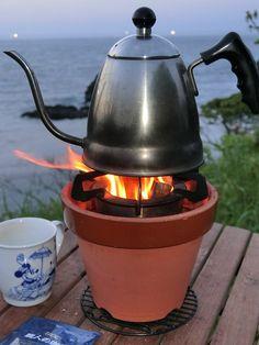 Amazon | 七輪より「鉢りん」焚火コンロ6号 もりた式 | 植木鉢 ウッドストーブ & 燻製 スモーカー | 学火舎(まなびや) | スモーカー