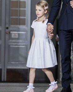 "H.K.H. Prinsessan Estelle (@princessestelleofsweden) auf Instagram: ""She's a little lady now #PrincessEstelle #PrinsessanEstelle"""