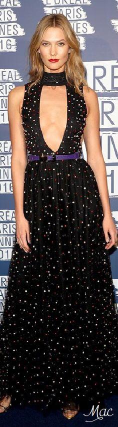 Cannes 2016: Karlie Kloss in Elie Saab.