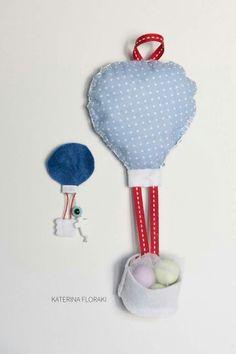 Χειροποίητη μπομπονιερα_μαρτυρικό με θέμα το αερόστατο