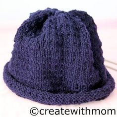 Create With Mom: Knit hat.free pattern knitted on straight needles Easy Knit Hat, Easy Knitting, Knitting Patterns Free, Knitted Hats, Crochet Patterns, Free Pattern, Hat Patterns, Knitting Needles, Knit Or Crochet