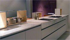 moderne keukens met wit marmeren design werkblad Marble Top, Sink, Kitchen, Design, Home Decor, Tv, House Decorations, Sink Tops, Vessel Sink