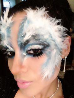 Plumage masquerade makeup