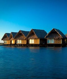 5 Most Affordable Overwater Bungalows and Overwater Huts | Romantic Honeymoon Resorts | Exotic Vacations | Hotel Desconocido