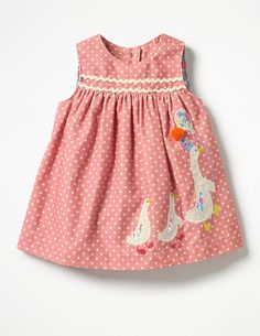 Little maven kids brand clothes autumn baby girls clothes Cotton pink dot sundress girl sleev. - Little maven kids brand clothes autumn baby girls clothes Cotton pink dot sundress girl sleeveless duck applique dresses , Source by - Baby Girl Party Dresses, Dresses Kids Girl, Kids Outfits Girls, Baby Dress, Kids Girls, Girl Outfits, Baby Girls, Toddler Fashion, Kids Fashion