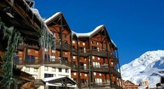 Odalys Le Silveralp Val Thorens Situated at 100 metres from the shops and ski lifts, Odalys Le Silveralp offers fully furnished apartments with a balcony and sweeping views overlooking a splendid natural mountain setting.