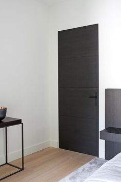 French interior design result for the dark interior doors modern result # French Entry Doors With Glass, Wood Entry Doors, Wooden Doors, Front Doors, Front Entry, Panel Doors, Sliding Doors, Glass Doors, Entrance Doors