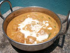 YUMMY TUMMY: Shahi Kofta Korma / Creamy Chicken Kofta Curry / Fried Chicken Balls Cooked in a Cashew & Cream Sauce - Mughlai Recipes