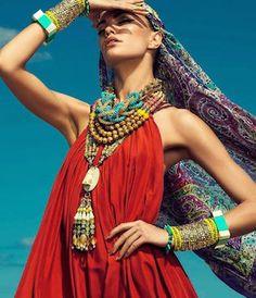 24 new Ideas for moda boho hippie bohemian gypsy outfit Boho Gypsy, Gypsy Style, Hippie Style, Bohemian Style, Hippie Bohemian, Gypsy Chic, Bohemian Summer, Girl Style, Mode Hippie