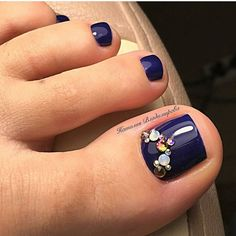 Blue-Rhinestone Toe NailArt