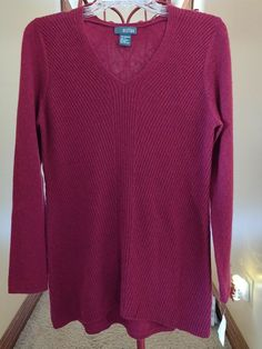 NEW GRIFFEN Cashmere Seamed Front V-Neck Sweater Cranberry M  #Griffen #Pullover Cashmere Cardigan, Tunic Sweater, Cashmere Sweaters, Pullover Sweaters, Coral Sweater, Blue Sweaters, Sweaters For Women, Knit Shirt, Ebay