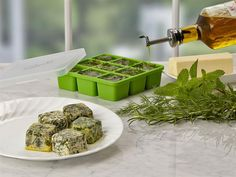 Ever let a batch of beautiful herbs go to waste because you couldn't use it before it turned? Our NEW Ball Frozen Herb Starter trays will help you preserve those delicious herbs and keep them tasting fresh.