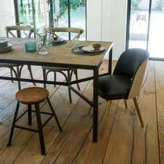 Eettafel Tordis, naturel eikenhout en staal, 210 cm
