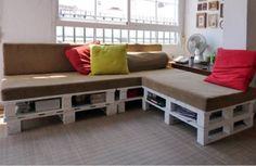Hoezo, een loungebank duur?! Alleen nog een leuning laten maken door schoonzus die een timmeropleiding heeft...e voila!