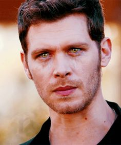 Welcome to this Klaus Appreciation zone! Here you will see GIFs of everyone's favorite original hybrid from The Vampire Diaries and the Originals. Vampire Diaries Damon, Vampire Diaries The Originals, Klaus The Originals, Vampire Diaries Wallpaper, Vampire Diaries Memes, Vampire Love, Joseph Morgan, Stefan Salvatore, Klaus And Hope