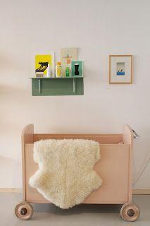 vintage childrens bed, Tas-ka the store