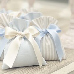 Idee Baby Shower, Baby Girl Shower Themes, Baby Boy Shower, Contemporary Wedding Decor, Wedding Doorgift, Decoration Buffet, Baby Favors, Fabric Gift Bags, Lavender Bags