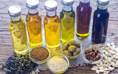 Which cooking oils are a healthy substitute for vegetable oil? Which oils are organic, cold-pressed, and unrefined? Find out these answers and more, plus non-oil replacement options for vegetable oils in baking recipes. Vegetable Oil Substitute, Borage Oil, Kinds Of Vegetables, Carrot Seed Oil, How To Make Oil, Wie Macht Man, Soap Recipes, Cooking Oil, Gourmet
