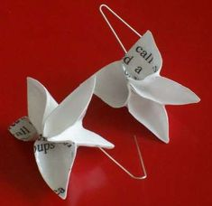 These Origami Earrings by Cynthia Devening are a Great Way to Recycle #paperart trendhunter.com