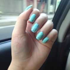 """Tiffany-inspired nails.  #nailart #nails #tiffany #tiffanyblue notd #pastelnails #summernails"" Instagram @camillesantiago"
