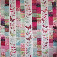 Louise-Bell-patchwork-applique-quilt-pink-butterflies_2-2.jpg (800×800)