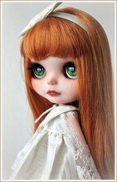 Como resistir a estes olhinhos verdes...rsrsrsrs...super meiga!!!