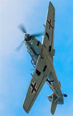 The Messerschmitt Was Fast And Deadly In It's Day. The 109 Was The Backbone Of The Luftwaffe's Fighter Force. Ww2 Aircraft, Fighter Aircraft, Military Aircraft, Fighter Jets, Luftwaffe, Supermarine Spitfire, Ww2 Planes, Aircraft Design, Panzer
