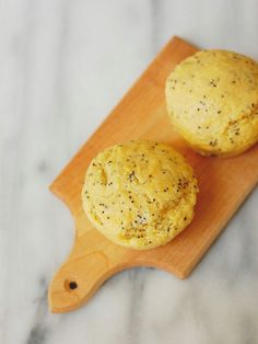 Cure the winter blahs with these sunny and bright Greek Yogurt Lemon Poppy Seed Muffins. These lightened up muffins contain no butter or oil and rely on applesauce and Greek yogurt for a protein-packed snack.