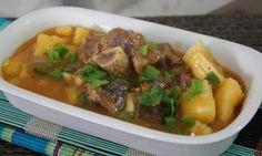 Vaca atolada, esse prato tão brasileiro! Clique na imagem para conhecer a receita! #vacaatolada #comida #receitas #pratoprincipal #mandioca #Brasil #São Paulo #TudoReceitas